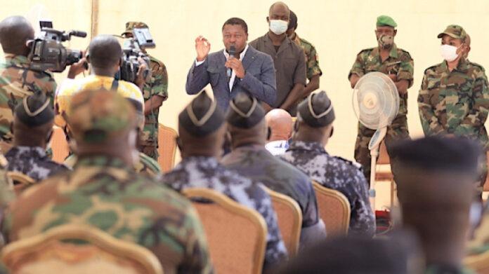 Terrorisme : le Chef de l'Etat au contact des forces de l'Opération Koundjoare