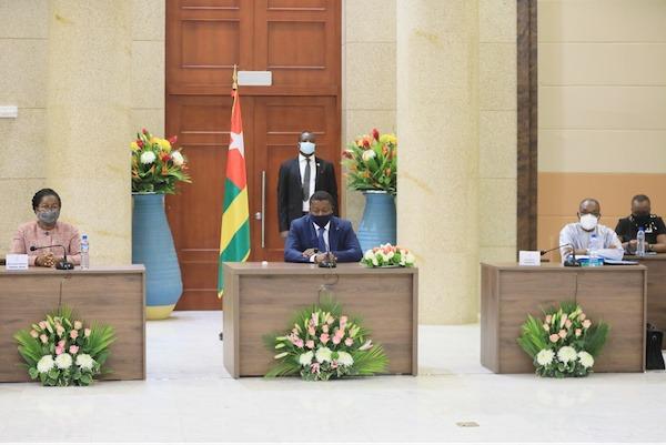 Conseil des ministres : deux avant-projets de loi, un projet de décret et sept communications