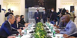 Le Togo et la Russie signent un accord d'exemption de visa diplomatique et approfondissent leurs relations