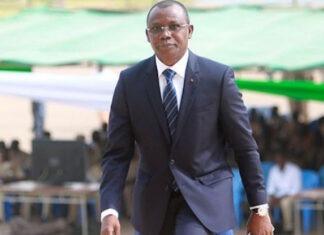 Le ministre de l'économie ordonne l'arrêt immédiat des activités des sociétés illégales de placement à risque
