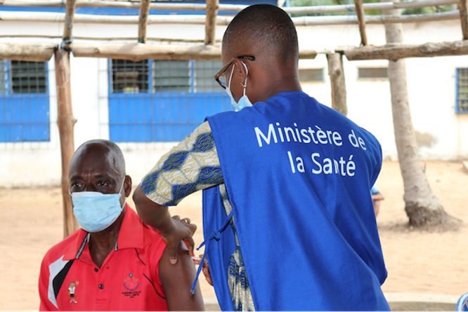 La vaccination s'étend aux formations sanitaires