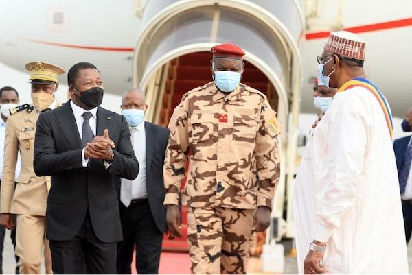 Le Chef de l'Etat au Tchad pour les obsèques d'Idriss Deby Itno