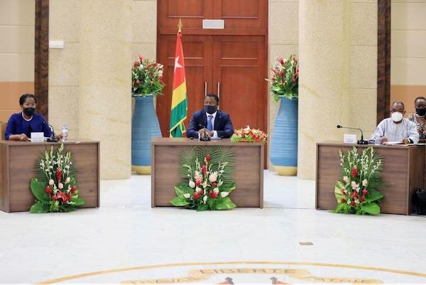 Conseil des ministres : deux avant-projets de loi, deux projets de décret et cinq communications