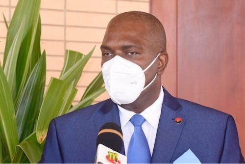 L'ambassadeur d'Angola en fin de mission
