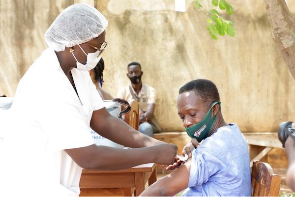 Vaccination : l'administration de la seconde dose pour les 50 ans et plus du Grand Lomé débute ce mardi