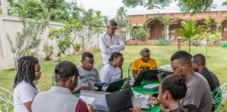 scenaristes africains a La Maison Junior au Lac Togo