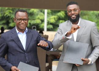 Emmanuel Sheyi Adebayor, nouvel ambassadeur du civisme fiscal au Togo