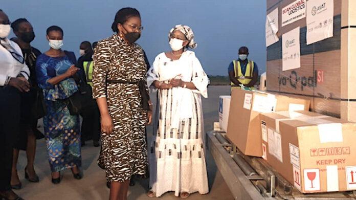 Le Togo reçoit le vaccin Johnson & Johnson produit en Afrique du Sud et intensifie sa campagne