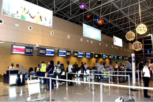 Quarantaine systématique de 72h à l'arrivée au Togo pour les voyageurs de sept pays