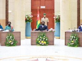 Conseil des ministres : un avant-projet de loi, trois projets de décret et quatre communications
