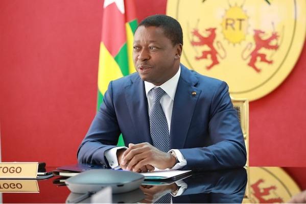 Le Chef de l'Etat a participé au sommet extraordinaire de la Cedeao sur la Guinée
