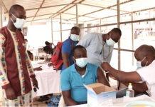 La vaccination s'étend à toutes les régions, pour les 18 ans et plus