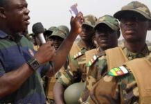 Olivier amah aux elements des forces armées togolaises